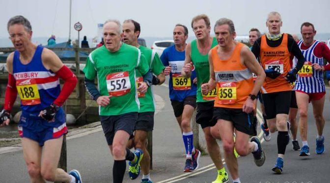 Stubbington 10k 2018 runners around Titchfield Haven harbour